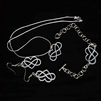 'infinity' jewellery set (white)