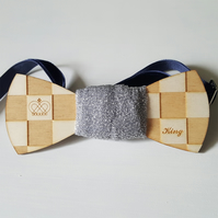 'the king' bow-tie