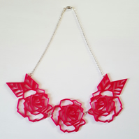 'geometric roses' necklace (pink)