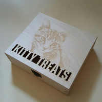 bespoke keepsake box with photo as a cover