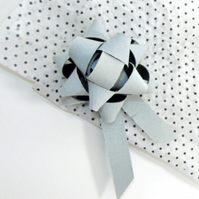 Leather gift bow -Ice white
