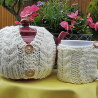 Aran Sweater Tea cosy and mug hug
