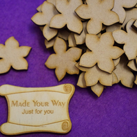 MDF Flower B 3cm - 40 x Laser cut wooden shape