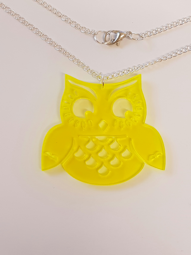 Wise Old Owl Necklace - Acrylic