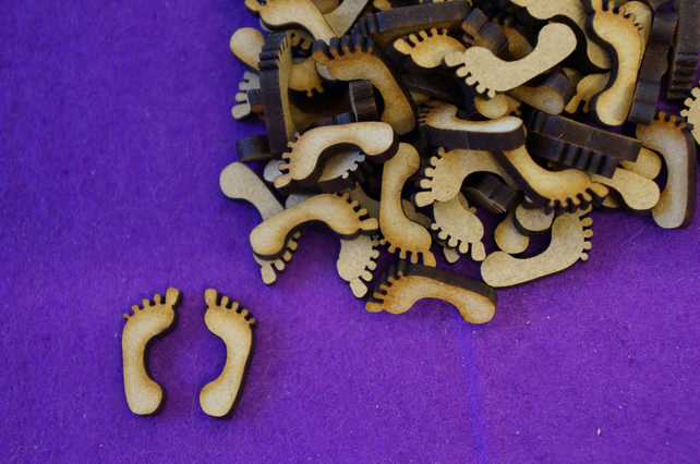 MDF Feet Footprint 2cm - (25 Pairs) 50 x Laser cut wooden shape