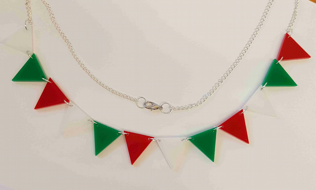 Bunting Necklace Retro Red White Green - Acrylic