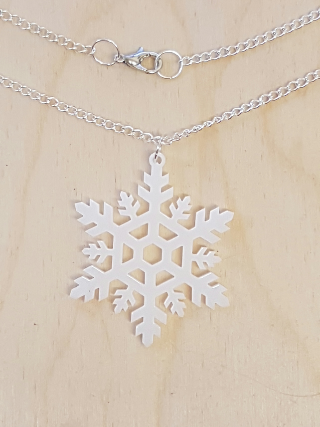 Christmas Snowflake Necklace - Acrylic