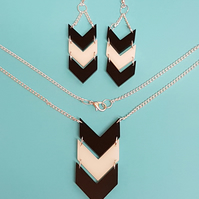 Chevron Pattern Earrings and Necklace Set