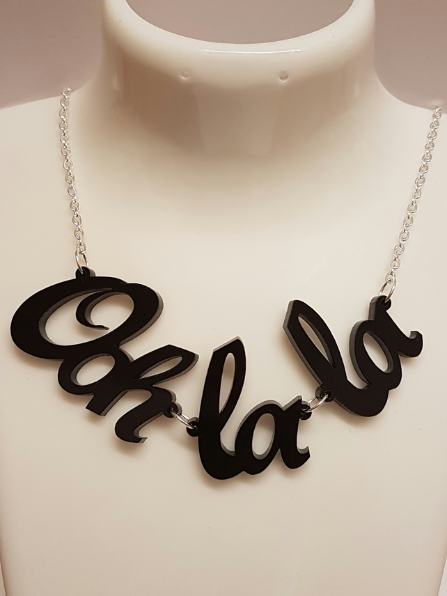 Ooh La La Necklace - Acrylic