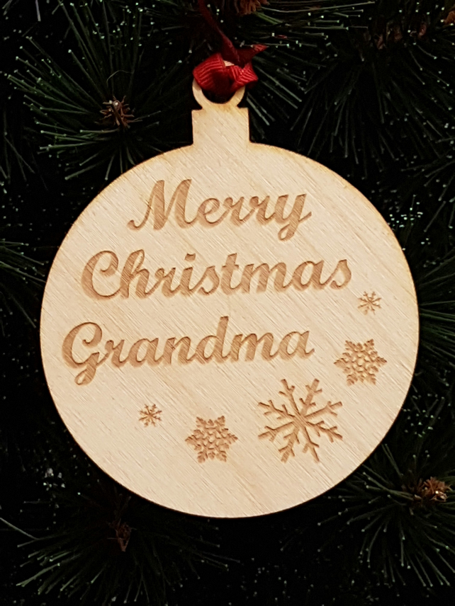 Birch Christmas Xmas Bauble Merry Christmas Grandma - Laser cut wooden shape