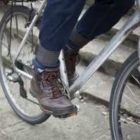Trouser straps for commuter cyclists - tweedy green