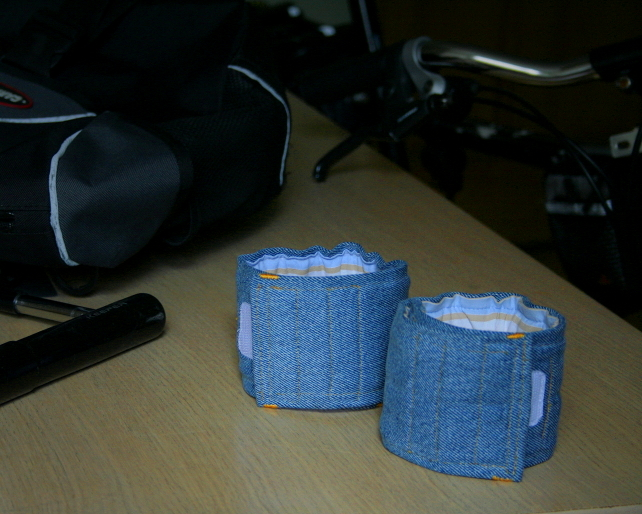Trouser straps for commuter cyclists - blue denim