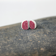 Red ceramic earings - sustainable gifts - upcycled sea pottery stud earings