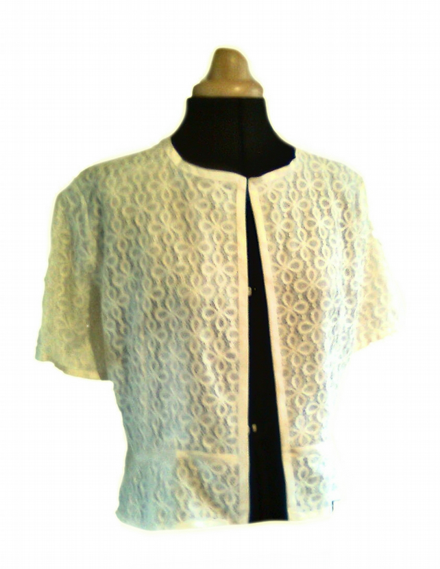 English lace jacket in ivory lined with silk