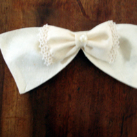 Handmade ErI wild silk wedding hair bow