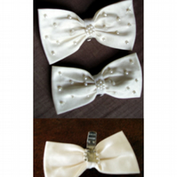 Handmade Ivory silk wedding shoe bows with pearl beads
