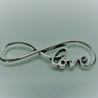 10 x Silver Tone Love Infinity Charms - F26