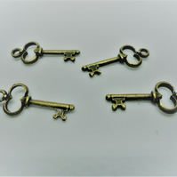 10 x Antique Gold Key Charms - F2