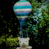 Crochet balloon mobile