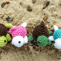 Cute crochet turtle keyring