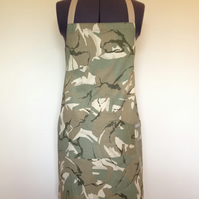 Apron Green Camouflage Medium