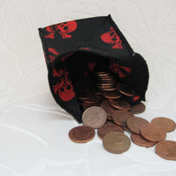 Coin Purse -  Origami Folding Purse - Skulls - Red Skull Black Edge