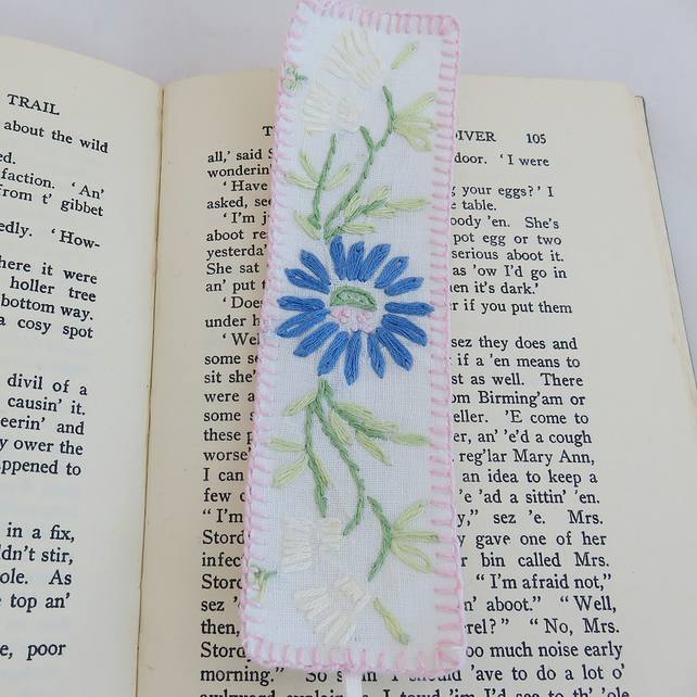 Embroidered Bookmark from vintage linen - blue daisy