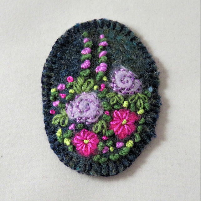 Oval Brooch - lilac and magenta rose garden
