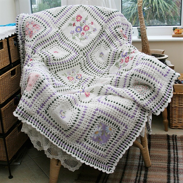 Vintage Embroidered Linen and crochet throw