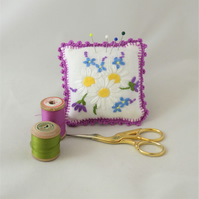Daisies Pincushion from recycled linen
