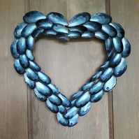Mussel Shell Loveheart Wreath
