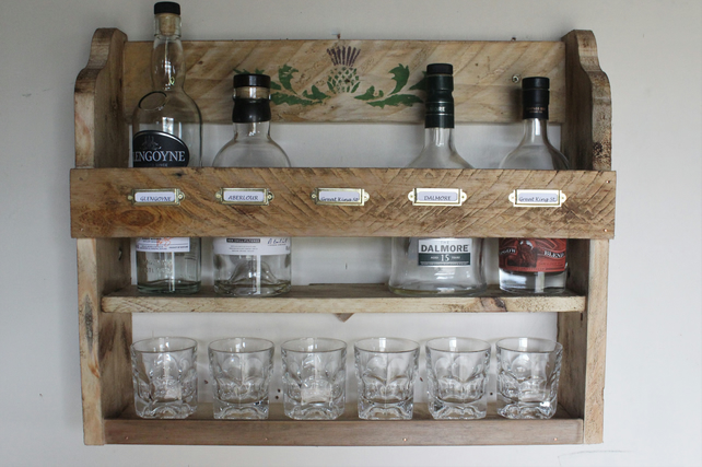 Whiskey rack, 5 bottle & 6 tumblers storage rack