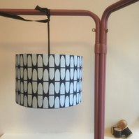 Lampshade using barkcloth size 30cm diameter