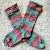 Handmade Merino Wool Socks SIZE: 4-6 UK, 6-8 US, 36-38 EURO,pink and blue stripe