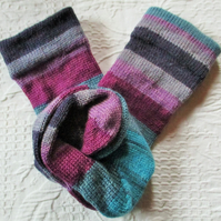 Handmade Merino Wool Socks SIZE: 7-9 UK, 9-11 US, 39-42 EURO