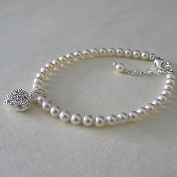 Sterling Silver and Swarovski Elements Pearl Bracelet with a CZ Heart