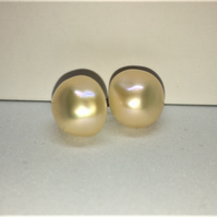 Golden baroque pearl earrings