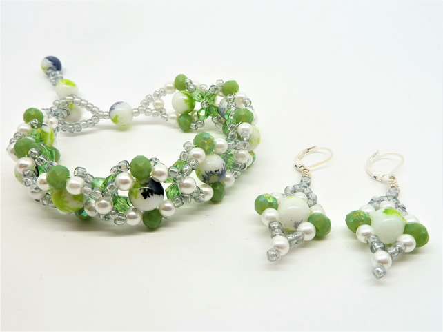 Spring Green Bracelet & Earring Jewellery Set, Gift for her