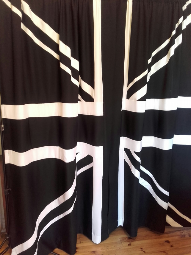 BLACK UNION JACK CURTAINS