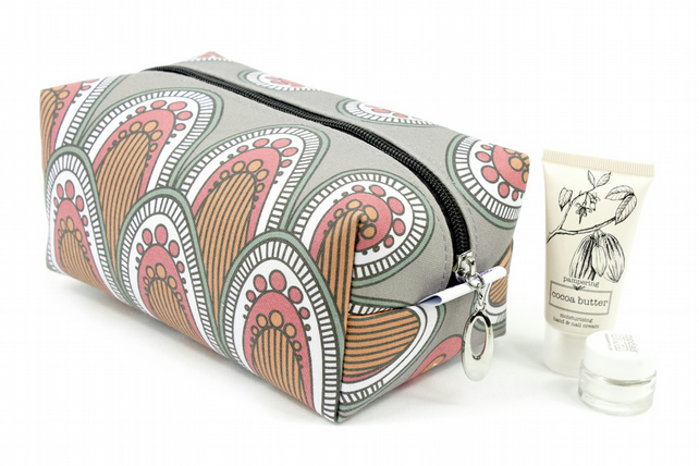 Large Makeup Bag In Exclusive Punto Belle Designed Fabric 'Berry'