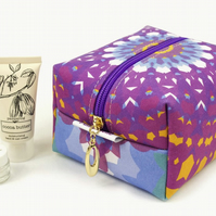 Medium Makeup Bag In Exclusive Punto Belle Designed Fabric 'Mandala'