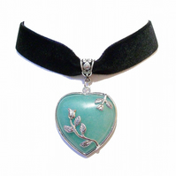 Black Velvet Choker Necklace w Green Aventurine Heart