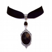 Tarja Black Velvet Gothic Choker Necklace w Swarovski Crystal - Black