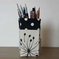 Storage container, pen holder, pencil holder, make up storage, desk tidy
