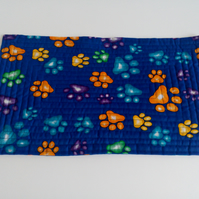 Pet Placemat with paw print design for cat or dog