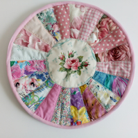 Placemat, Table mat, quilted, patchwork, round, table centrepiece, large coaster