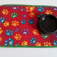 Pet Placemat in red with paw print design for cat or dog