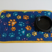 Pet Placemat in blue with paw print design for cat or dog