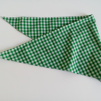 "Dog Bandana, med size, 16""-22"",  green gingham, neckerchief style"