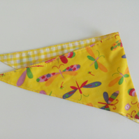 "Dog Bandana, small size, 11""-15"",  dragonflies, neckerchief style, yellow check"